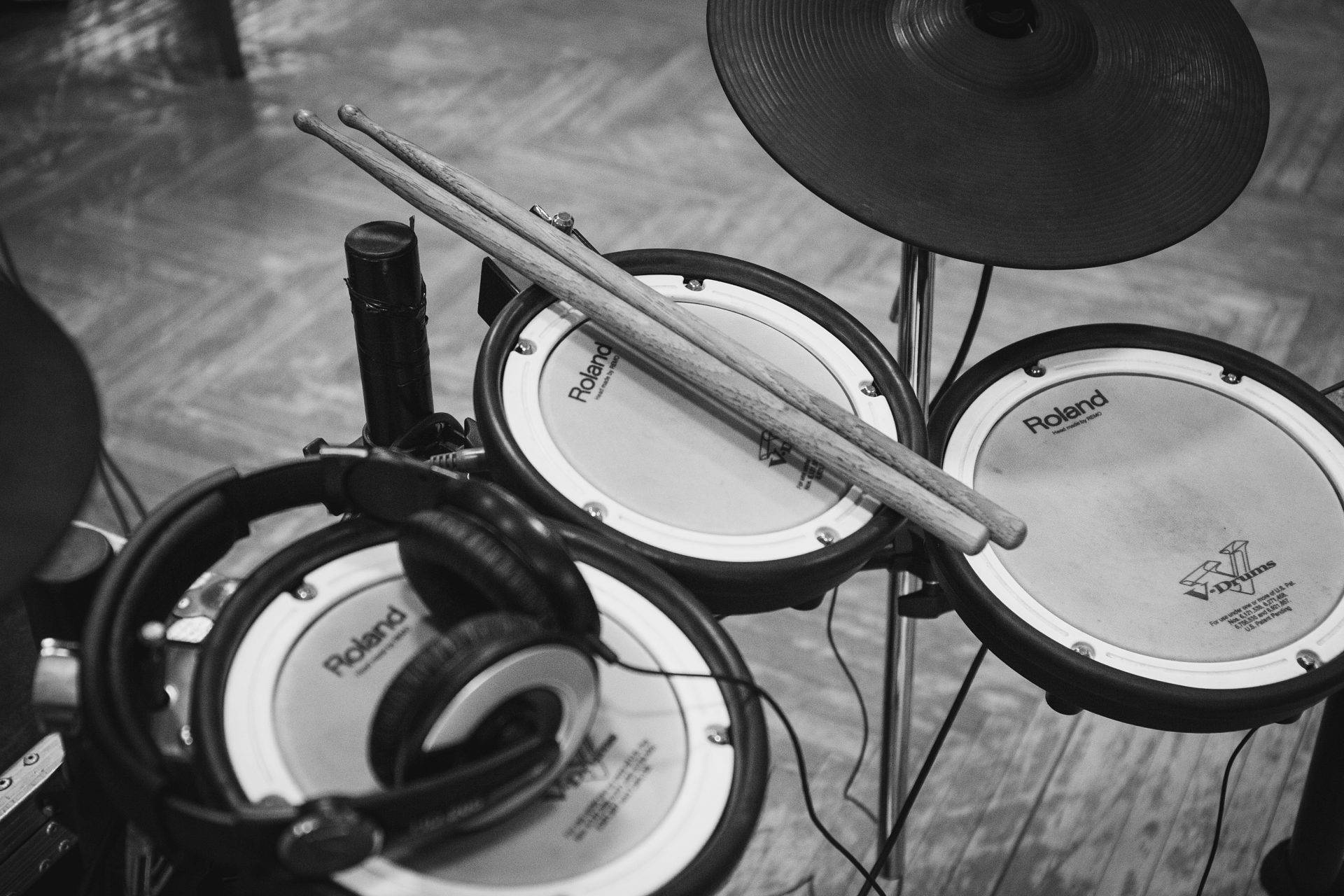Roland TD 30KV Review - The Electronic Drum Kit of Your