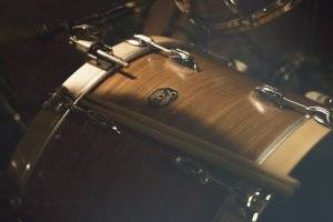 The Gretsch Catalina Maple review talks about the 30 degrees bearing edge.