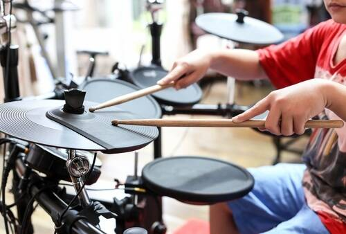 What to Look for in the Best Junior Drum Set